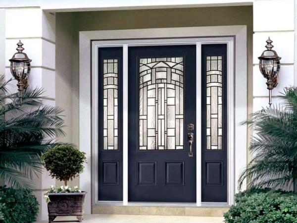 Входная дверь - визитная карточка здания