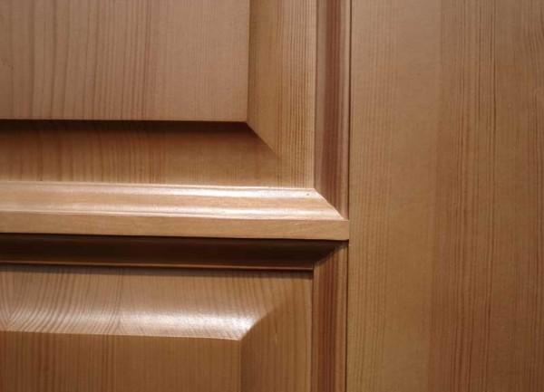 Ламинированная филенчатая дверь