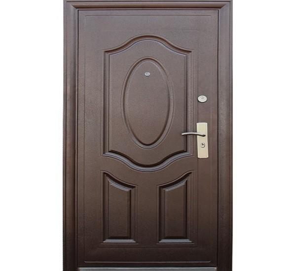 Входная дверь должна быть презентабельной