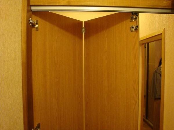 Дверь-гармошка из МДФ