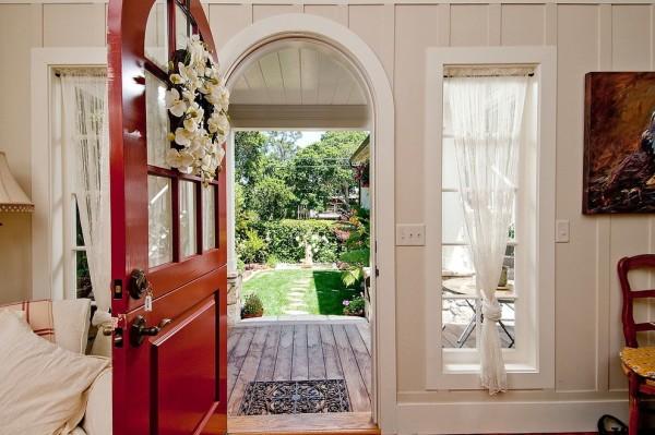 Свадебный декор двери