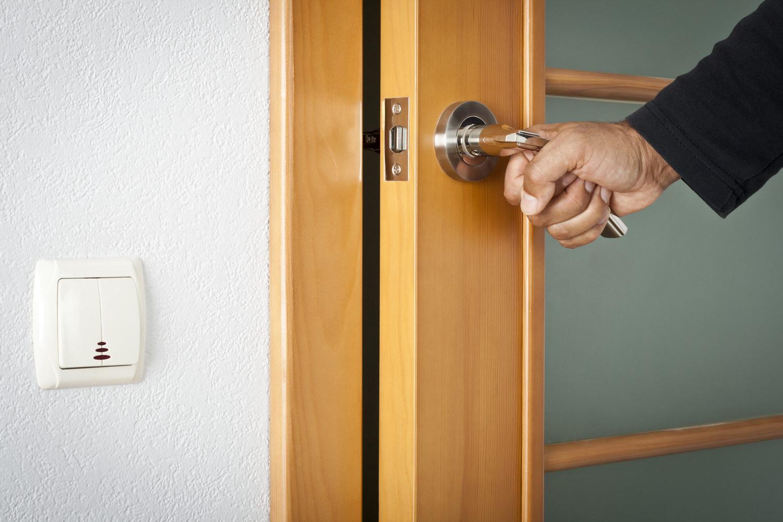 Инструкция замены межкомнатной двери