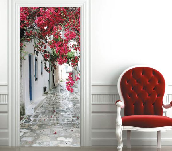 Картина на двери