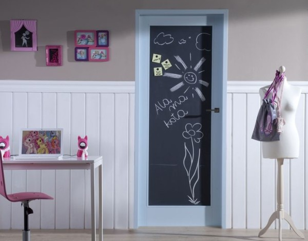 Рисунки на двери