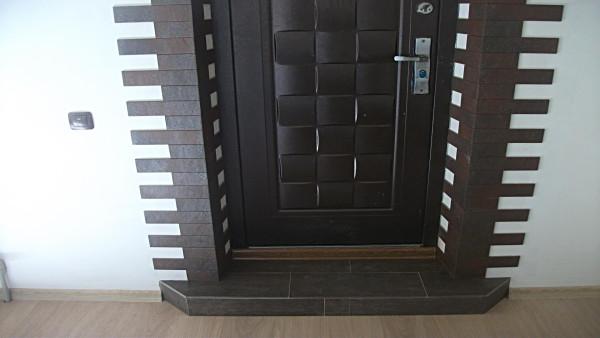 Декорирование дверных откосов