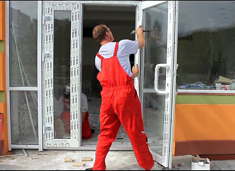 Как снять пластиковую дверь с петель на балконе: инструкция.