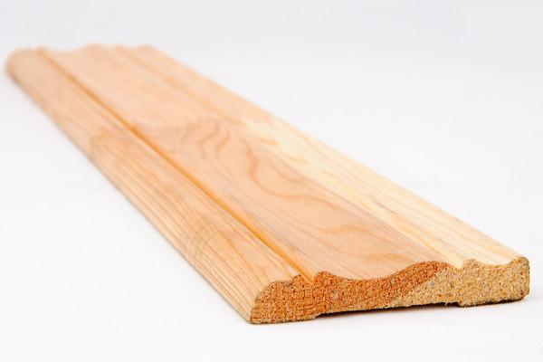 Деревянный дверной наличник